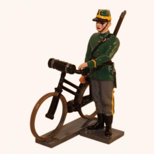 829 - Belgian 1st Carabinier Regiment Standing beside bike (WW1) - EN STOCK