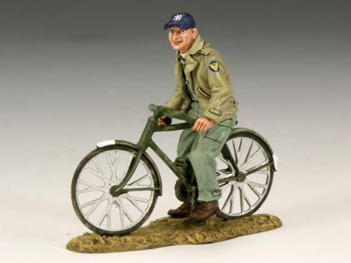 AF016 - Ground Crew on Bicycle