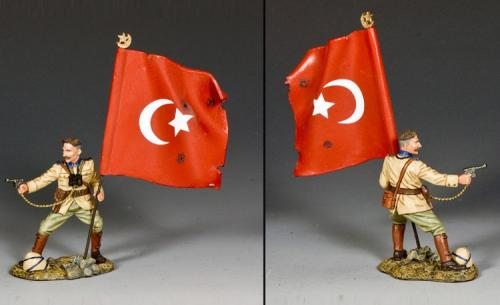 AL098 - Turkish Officer with Flag