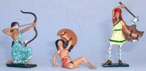 3 amazones - la figurine en jaune à droite est de stock