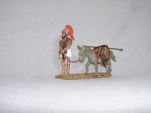 Ancient greek and mule - pas de stock