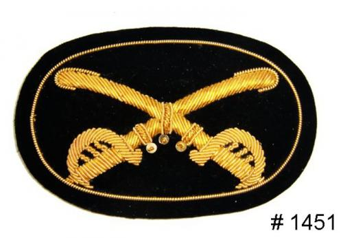 BT1451 - Cavalry Officers Gold Embroidered Hat Badge - EN STOCK