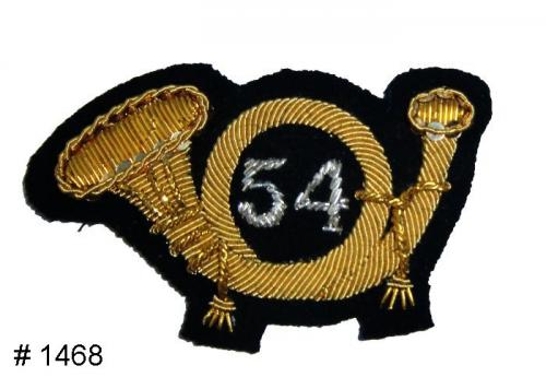 BT1468 - Infantry Officers Gold and Silver Embroidered Hat Badge - EN STOCK