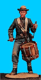 C28 - Drummer boy - Advancing. 54mm Confederate infantry (unpainted kit) - EN STOCK