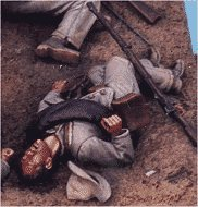 C43 - Confederate infantry - dead. 54mm Confederate infantry (unpainted kit) - EN STOCK