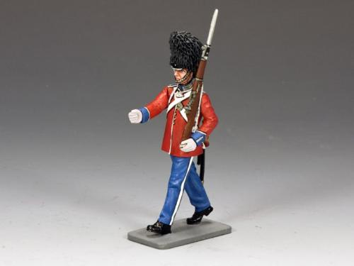 CE010 - Danish Marching Guardsman with Rifle