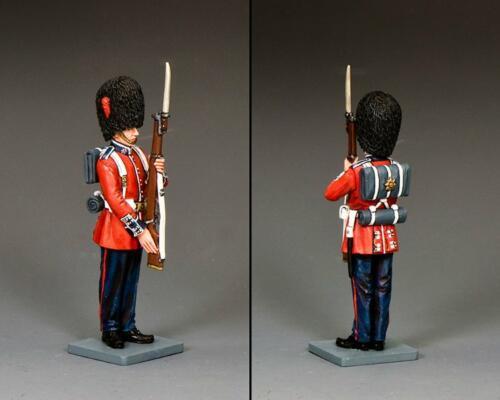 CE064 - Coldstream Guardsman Present Arms