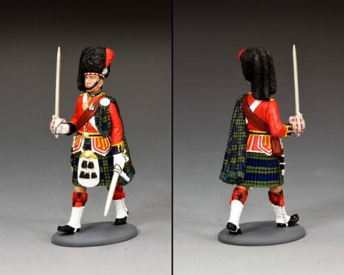 CE067 - Black Watch Officer Marching