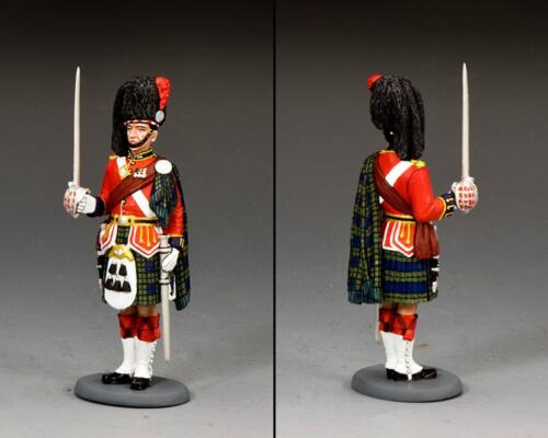 CE068 - Black Watch Officer at Attention