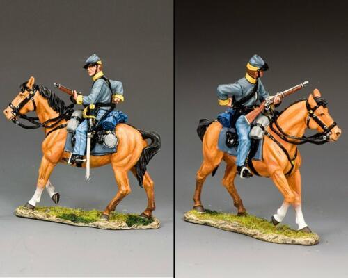 CW111 - Confederate Cavalry Trooper Loading Carbine