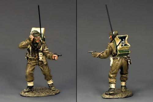 DD195 - British Radio Operator