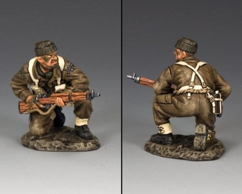 DD232 - British Para, Kneeling with Rifle