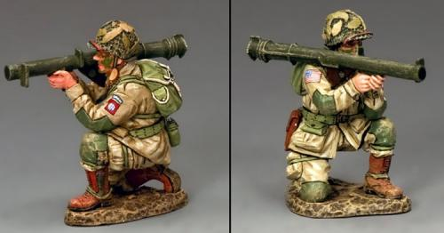 DD251 - US Kneeling Bazooka Guy