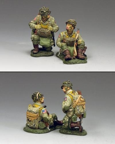 DD266-1 - Kneeling  Sitting Paratroopers (82)