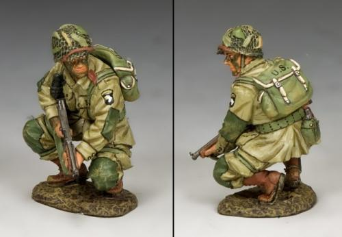 DD286-2 - US Paratroopers Crouching Tommy (101st Airborne)