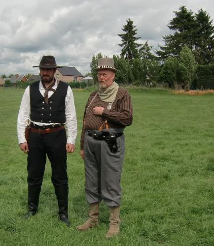 Erquelinnes 2015 - Old West Men