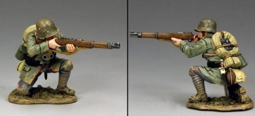FW213 - Kneeling Firing German Rifleman