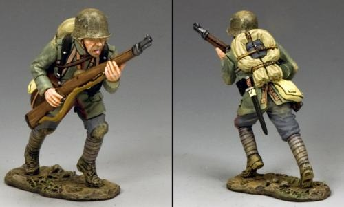 FW215 - German Advancing with Rifle