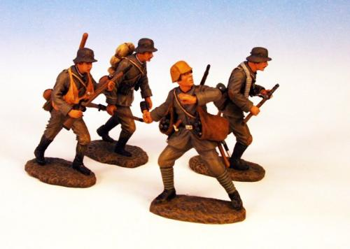 GST.1 - German Advancing, 4 figures