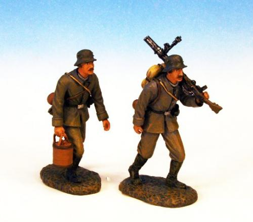 GST.2 - Lewis Gun crew advancing, 2 German figures