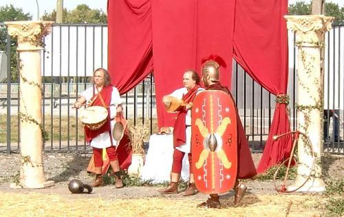 Gouy-lez-Piéton 2014 - Dionisiacorum est un groupe de musiciens spécialisé dans la musique ancienne  grecque, romaine, moyenageuse ou celtique