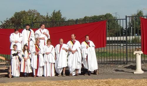 Gouy-lez-Piéton 2014 - Les édiles communaux en costume d époque