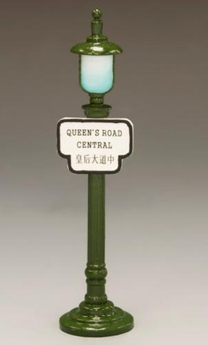 HK199 - Street Sign Lamppost Queen s Road Central