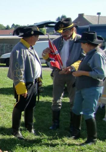 Havré 2015 - Sudistes et le drapeau confédéré