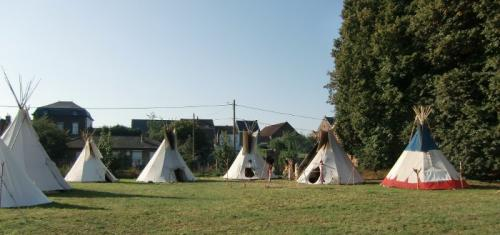 Havré 2018 - Campement indien vue d'ensemble