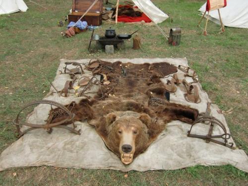 Havré 2019 - Camp ... Pauvre ours pris au piège