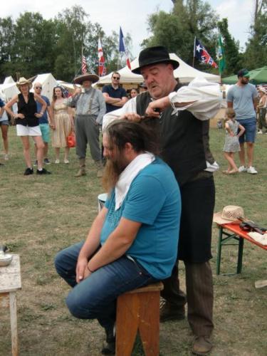 Havré 2019 - le coiffeur et le coiffé ... si on peut dire