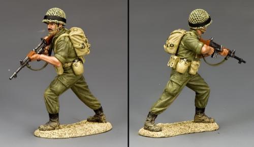 IDF005 - Para Rifleman Advancing