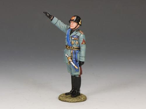IF011 - Il Duce Mussolini Salutin
