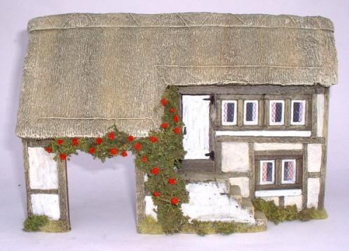 JG Miniatures - C04 - Thatched farm. 1-32