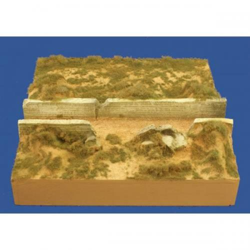 JG Miniatures - M52 d - D-day foreshore section with sea wall