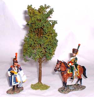 JG Miniatures - S14 - Mountain Ash (arbre vert de montagne) avec figurines King and Country au 1-30ème