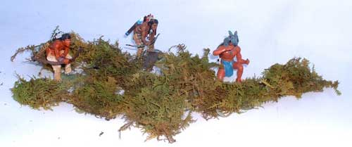 JG Miniatures - S31 - Clumps of bracken box of 10 - diorama with new Lineol and Janetzky Arts Indians