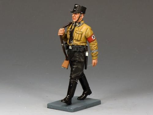 LAH164 - Pre 1933 SS Man Marching with Rifle (black trousers)