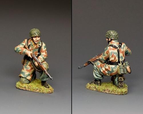 LW084 - Fallschirmläger Kneeling Rifleman