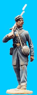 M16 - US coloured troops - Frockcoat, kepi walking rifle over shoulder. 54mm Union infantry (unpainted kit) - EN STOCK