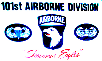MF021 - 101st Airborne Flag - Screaming Eagles (White) - Drapeau de la 101ème Aiborne - Screaming Eagles (Blanc).jpg