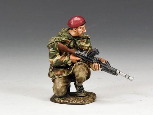 MG039(P) - Crouching Bren Gunner
