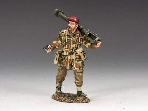 MG042(P) - Maj. Robert Cain V.C.