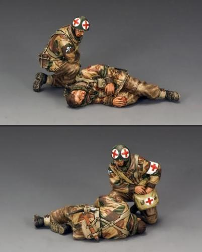 MG056(P) - Medic and Wounded Para