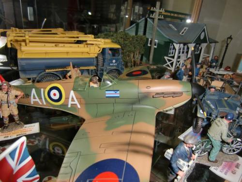 Magasin - Spitfire de King & Country