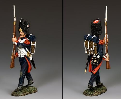 NA392 - French Bearskin Guard Advancing