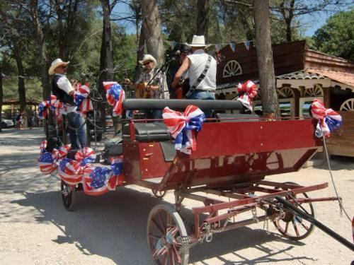 OK Corral - Orchestre sur charrette