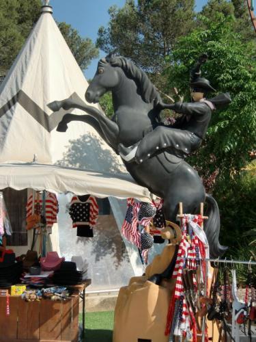 OK Corral - Statue de Zorro