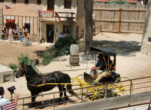 OK Corral - défilé - charrette pour deux