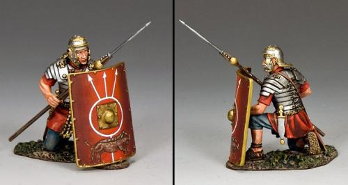 ROM024 - Roman Soldier Kneeling with Pilum